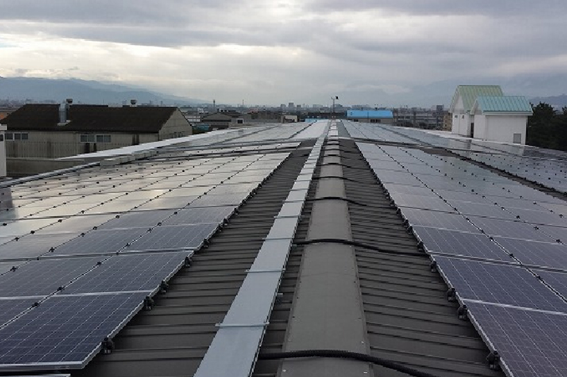 大規模ソーラー発電